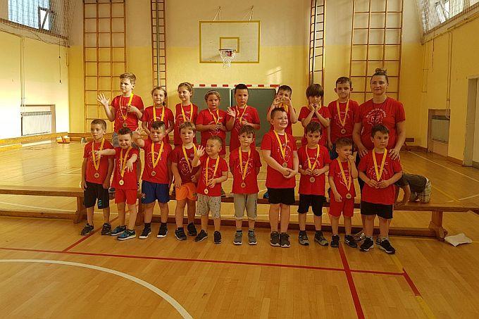 Svoje vještine najmlađi Brođani pokazali su na maloj sportskoj ljetnoj olimpijadi