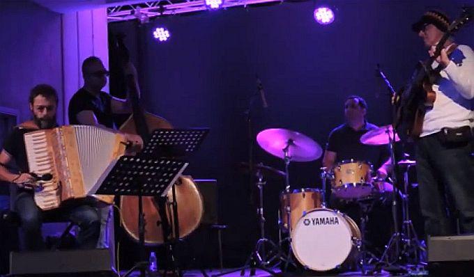 Još jedan u nizu koncerata Brodskog glazbenog ljeta, večer jazza uz ZZ Quartet