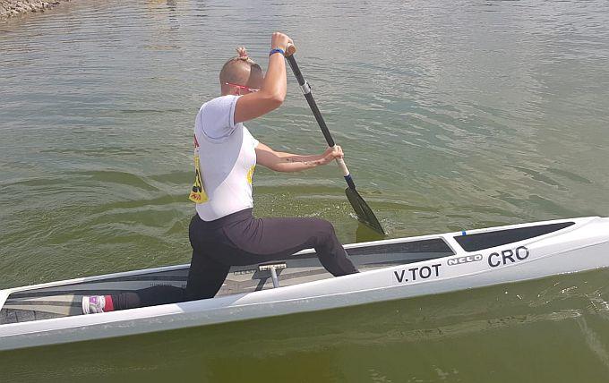 Vanesa Tot, najuspješnija sportašica grada i županije u sastavu hrvatske kajak-kanu reprezentacije uspješna na EU prvenstvu