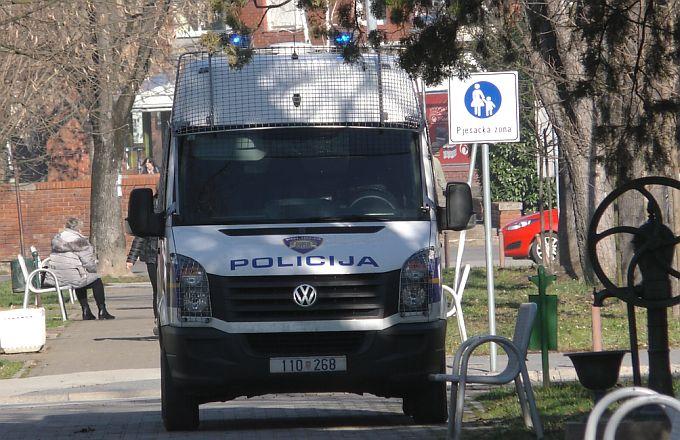 Policija privela mladića koji je posljednjih dana krao po trgovinama i ugostiteljskim objektima u centru grada