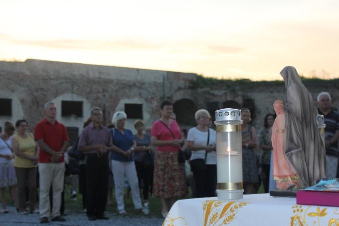 """""""9 nedjelja kod svete Ane"""", i danas se u brodskoj Tvrđavi moli za obitelj"""