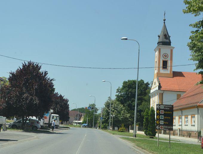 U Donjim Andrijevcima, oko 15 sati, zaustavljen je najbrži vozač u naselju