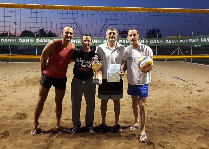 Turnir u odbojci na pijesku odbojkaši Marsonije osvojili bez izgubljenoga seta