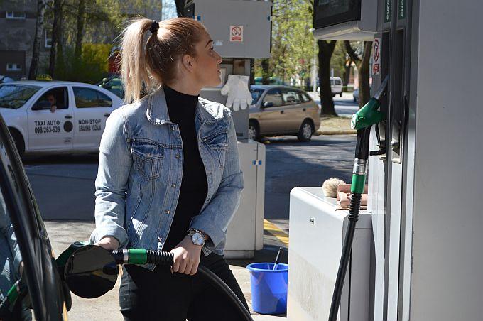 Nove cijene od ponoći za dizel i benzin