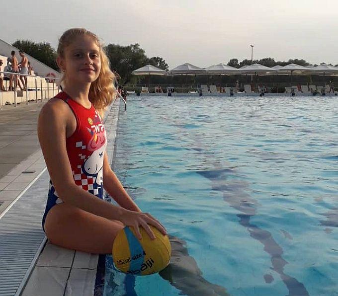 Za prvo okupljanje ženske vaterpolske reprezentacije U-12 poziv je dobila mlada Brođanka Alka Lulić