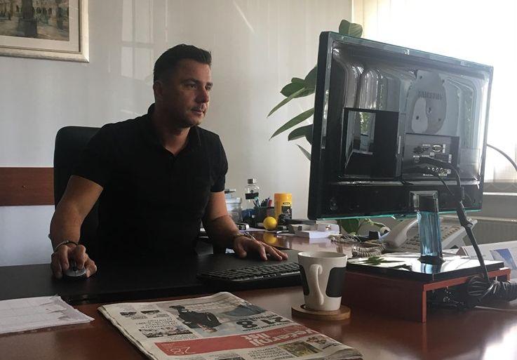 ĐĐ Montaža Izolak stipendira učenike, zapošljava odmah po završetku školovanja ali potrebe su, kaže direktor Krešimir Tomičić, puno veće, reforma kasni deset godina