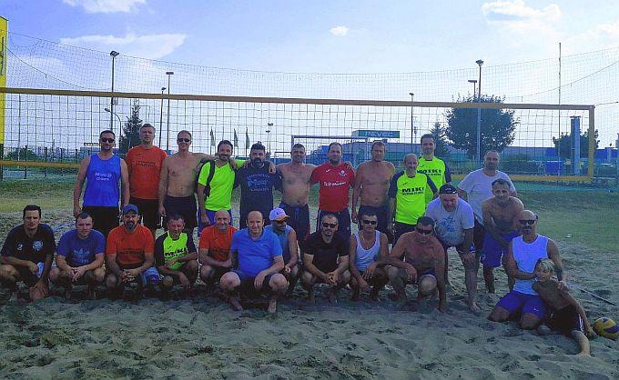 Veteranski turnir u odbojci na pijesku osvojila je ekipa Mudri