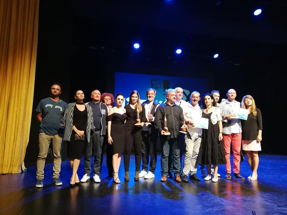 """Predstava gostiju iz Uba, """"Hamlet u selu Mrduša donja"""" """"izdominirala"""" na ovogodišnjem FAK-u"""