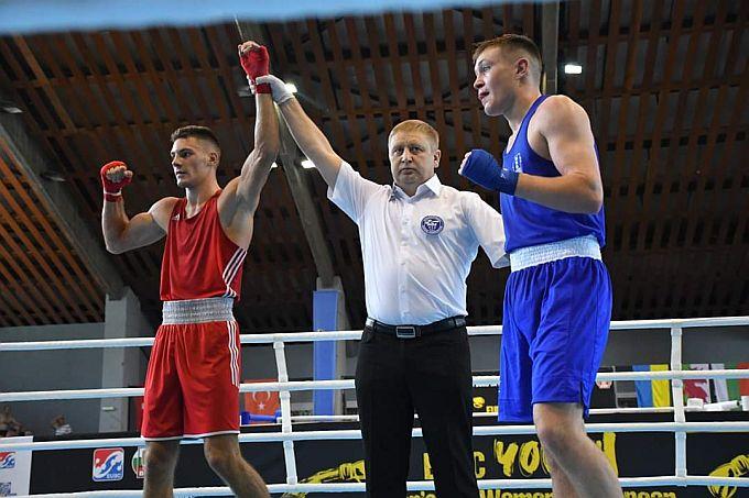 Treća medalja s Europskog prvenstva u boksu u rukama je Gabrijela Veočića