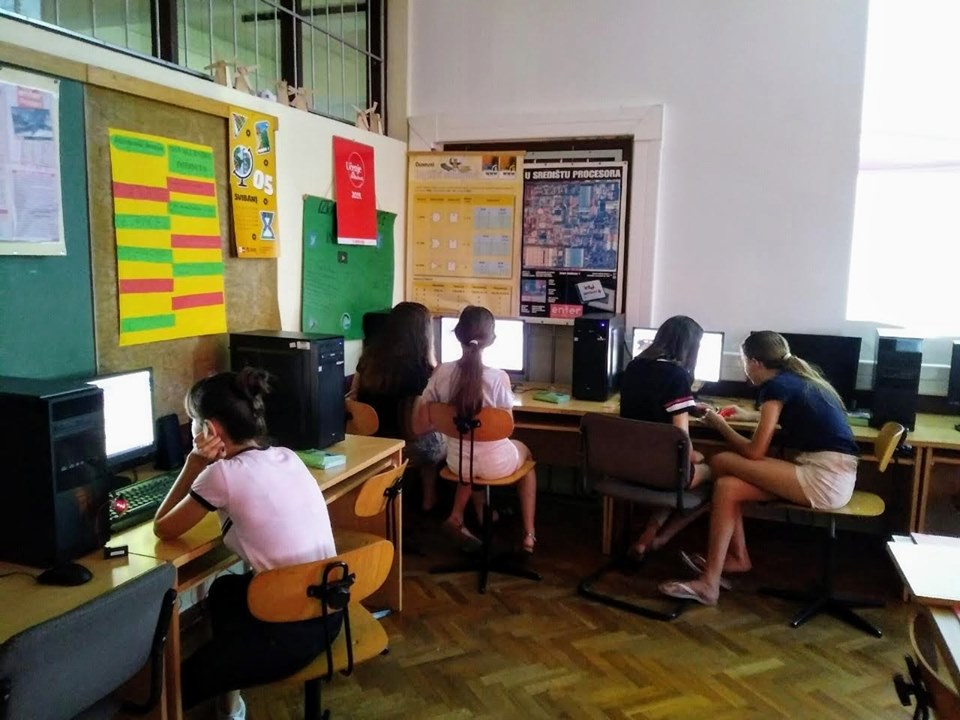 Connect IT udruga poziva vas da i ove godine vašu djecu uključite u besplatne informatičke radionice