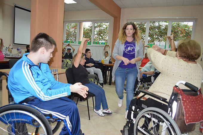 """""""Nas puno, a kombi jedan"""", u tjednu mobilnosti osobe s invaliditetom ukazuju na najveći problem svojih članova, mobilnost i kretanje"""