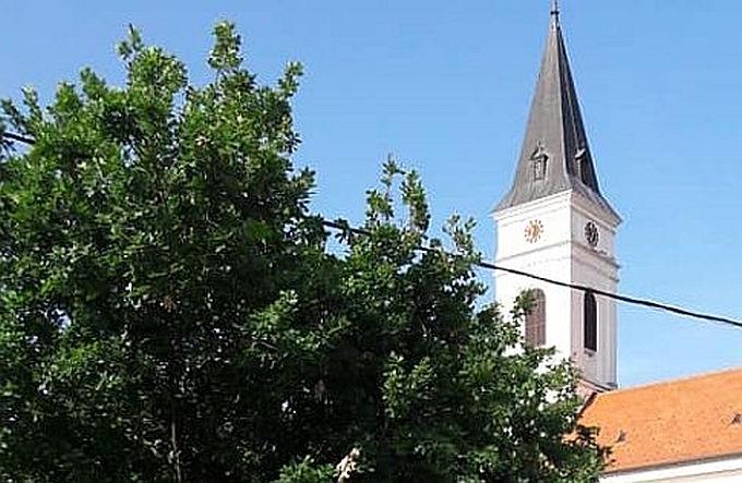 Razgovor sa svećenikom koji je osumnjičen za spolno zlostavljanje djeteta