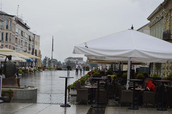 Smanjite vjerojatnost prehlada i pripremite topliju obuću i odjeću, danas oblačno s kišom tijekom cijelog dana