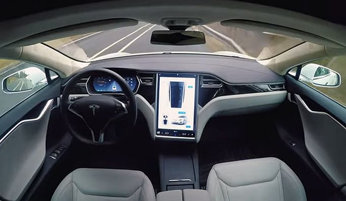 Budućnost autoindustrije svakako je autonomna vožnja, što će raditi vozači i koji rizici postoje