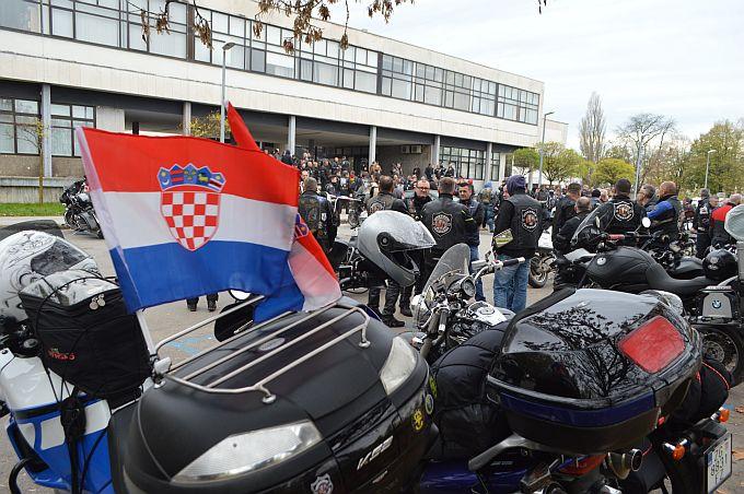 Ime Slavonskog Broda zlatnim je slovima upisano u rutu bajkerske karavane Prevlaka- Vukovar, zauvijek