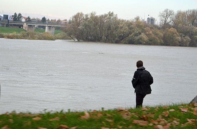 U Slavonskom Brodu na snazi je pripremno stanje obrane od poplava