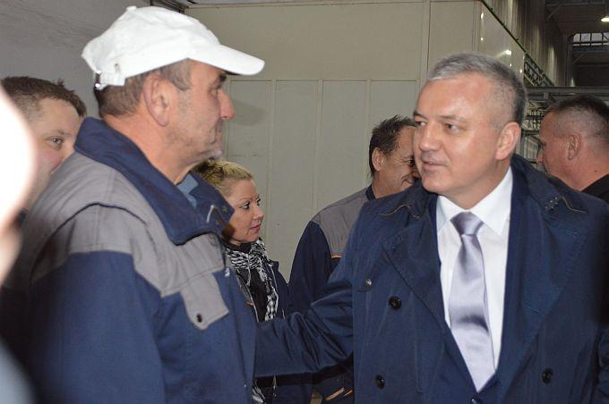 Ministar Horvat u Vukovaru: Velika većina radnika će tijekom ovog tjedna dobiti plaću za listopad, ĐĐ neće u stečaj