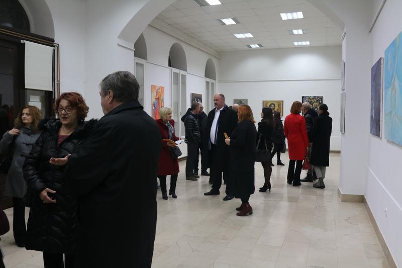 """U Likovnom salonu Becić pogledajte izložbu """"Božiću ususret: iz kolekcije Pohižek"""""""