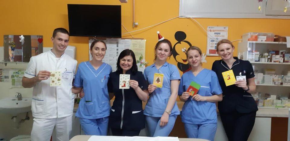 Medicinari pacijentima i djelatnicima pedijatrije uljepšali blagdanske dane