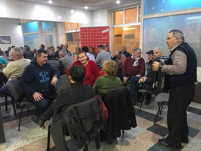 Slavlje u županijskom stožeru SDP-a