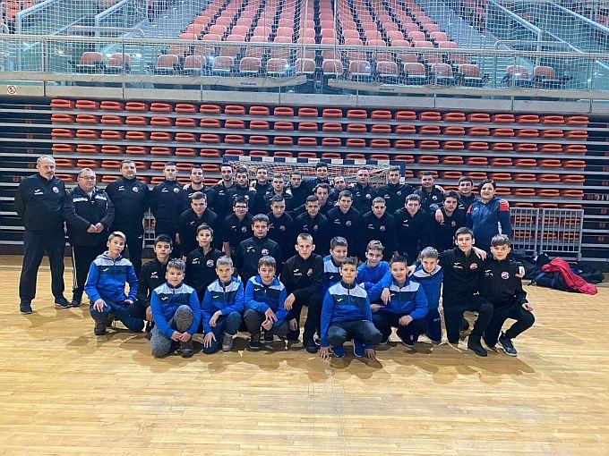 Mladi rukometaši RK Brod nastupili su na Međunarodnom rukometnom turniru u Zenici