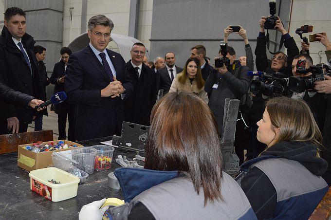 Prvih 150 milijuna kuna za Đuro Đaković Grupu je potpisano, radnicima plaće do kraja sljedećeg tjedna