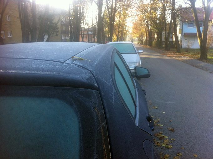 Za odlediti stakla na autu potrebno je manje od 60 sekundi, sprej iz kućne radinosti čini čuda