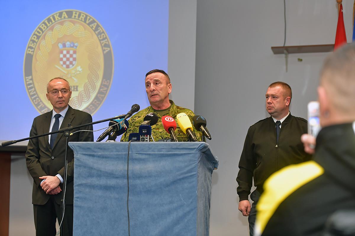 MORH i Hrvatska vojska o detaljima nesreće i padu helikoptera Kiowa Warrior, jedan pilot je poginuo za drugim se traga