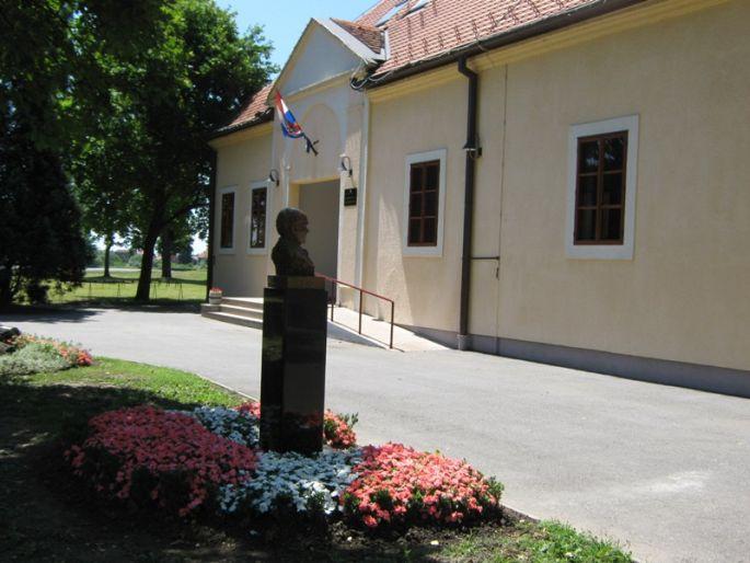 Nakon dvodnevnog glazbenog seminara u Slavonskom Brodu koncert zborova i solista