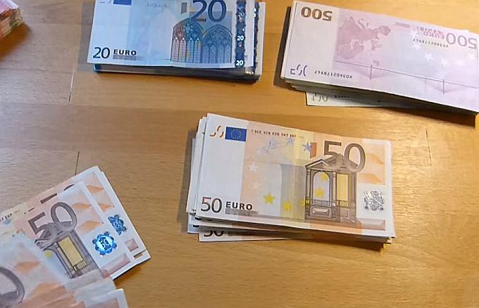 Hrvatima smanjeni troškovi za prekogranična plaćanja
