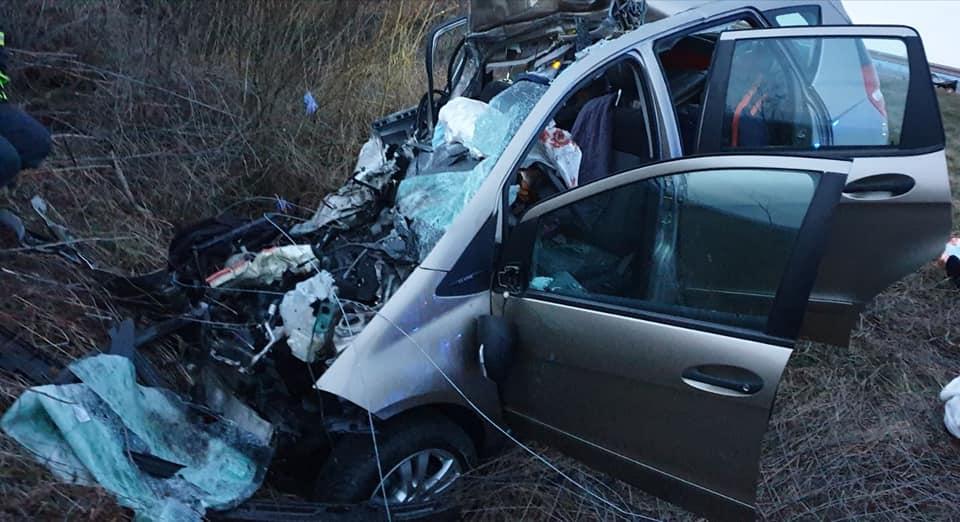 Na autocesti smrtno je stradao vozač uslijed udara vozilom u teretni automobil