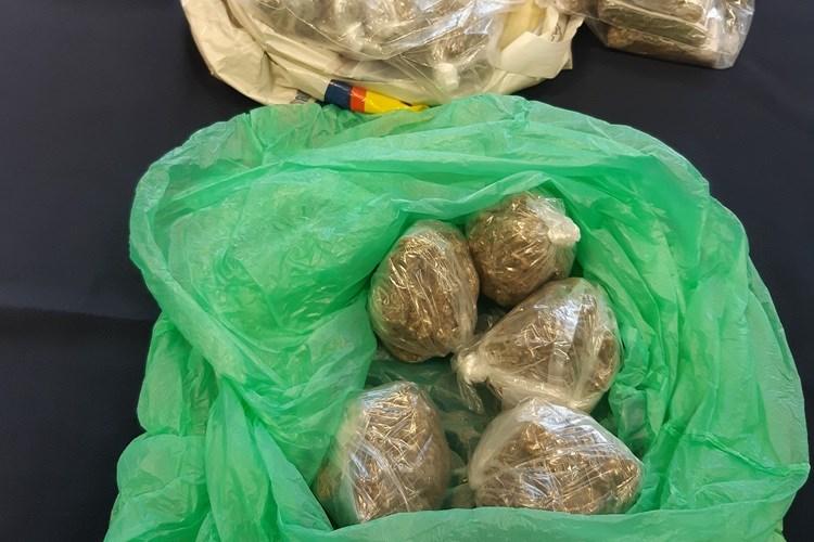 Policajci u više slučajeva oduzeli manju količinu razne droge, od Andrijevaca do Šamca ili Nove Gradiške