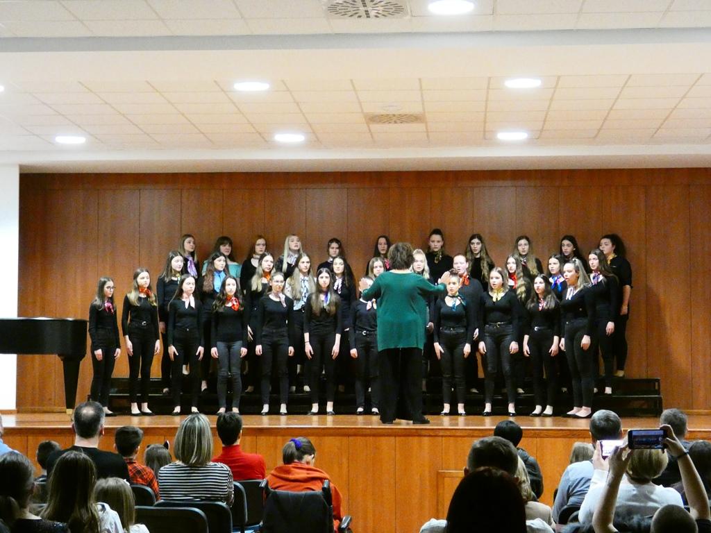 Učenici Glazbene škole još jednom uspješni na najvažnijem hrvatskom natjecanju, Bono Peić i Djevojački zbor odlaze na državno natjecanje