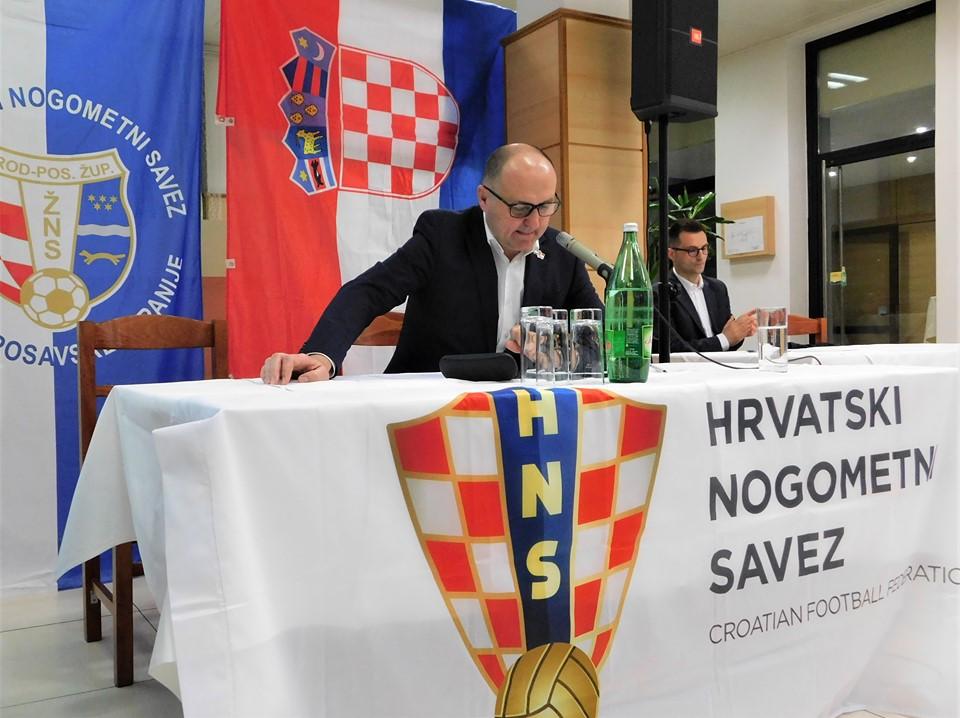 Na sjednicu ŽNS-a Šuker stigao nije, njegov izaslanik, prvi dopredsjednik HNS-a Vučemilović poručuje – Slavonski Brod zaslužuje, ne samo drugoligaša nego i prvoligaša