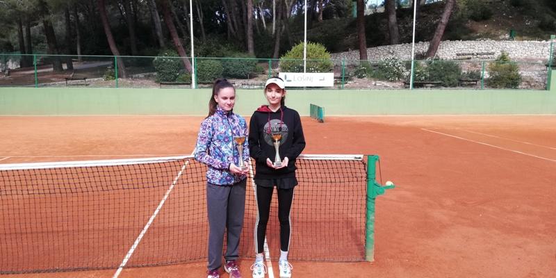 Mlada brodska tenisačica Ivona Riđan uspješna na turniru u Lošinju