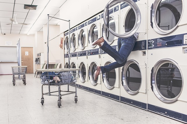 Jednostavan trik za pranje odjeće koji će vam poboljšati rezultat pranja