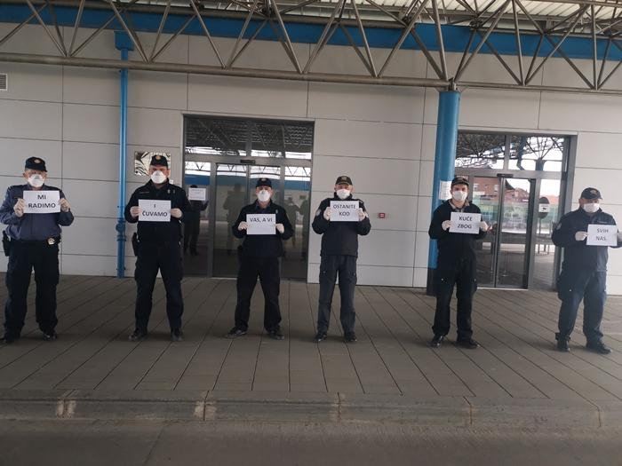 Policajci i carinici s graničnog prijelaza Slavonski Brod poručuju građanima: Ostanite u svojim domovima, čuvajte svoje zdravlje i zdravlje drugih