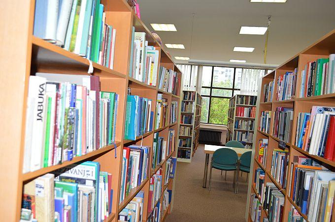 Iz slavonskobrodske Gradske knjižnice stiže informacija za sve članove
