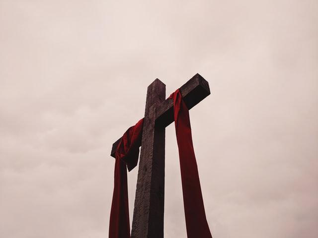 Veliki je petak, kršćanski spomendan Isusove muke i smrti