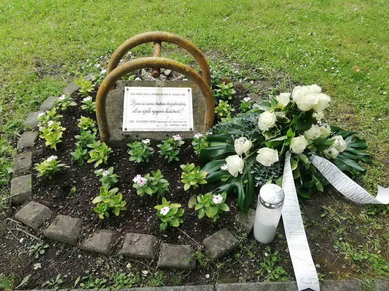 Sjećanje na stradalu djecu na Plavom polju: Današnji dan zapamćen je kao jedan od najtežih ratnih dana za naš grad