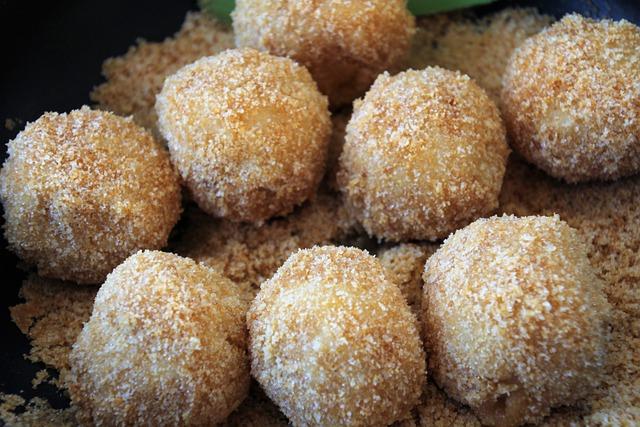 Brze knedle sa šljivama: Jednostavan recept bez krumpira za 10 kuna