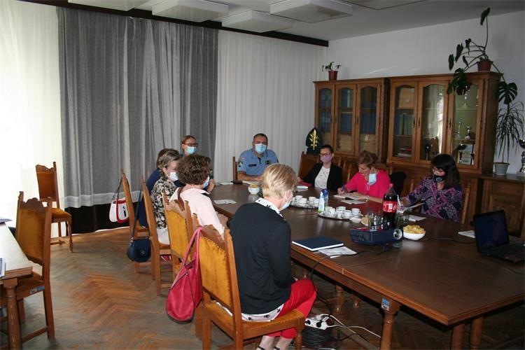 U prostorijama PP Nova Gradiška održan je okrugli stol povodom obilježavanja Nacionalnog dana borbe protiv nasilja nad ženama