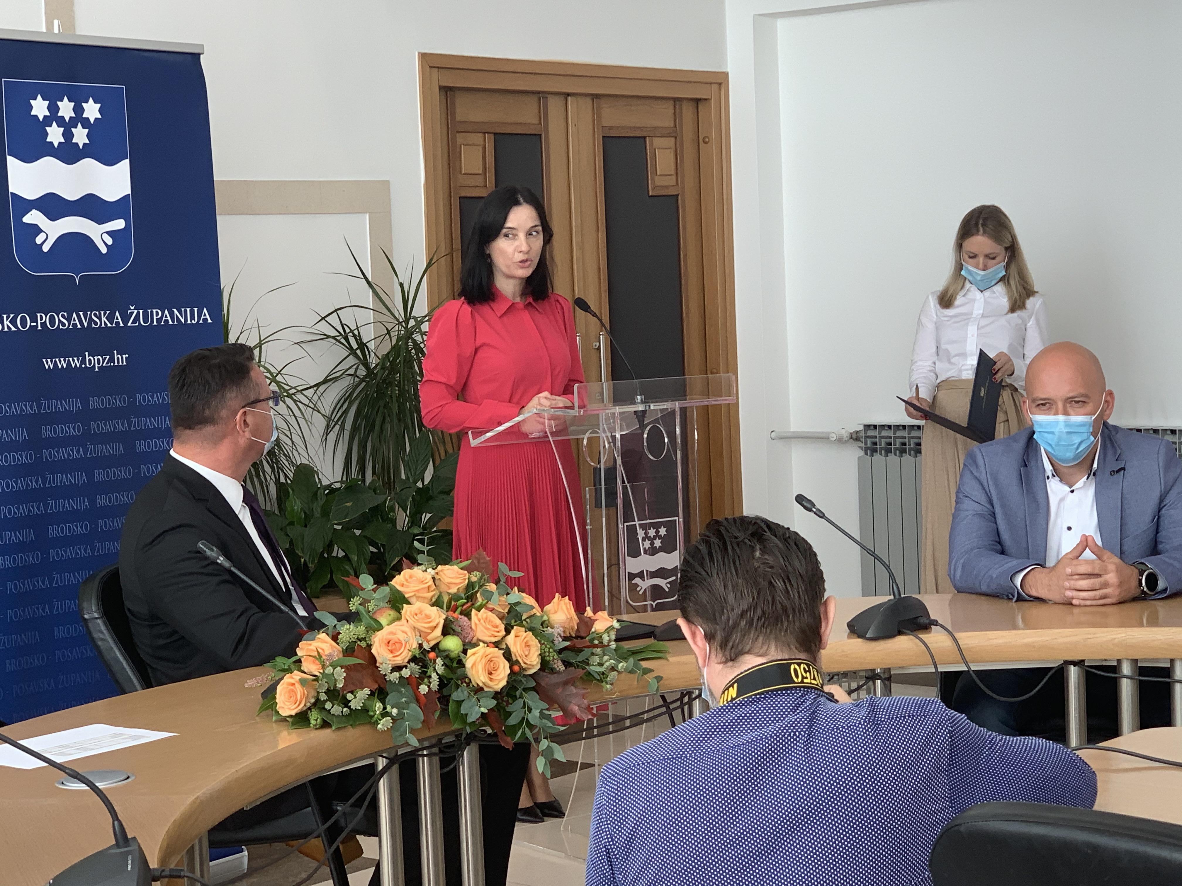 Novih 9,4 milijuna kuna iz PRR-a za ulaganje u tovno govedarstvo u Slavoniji