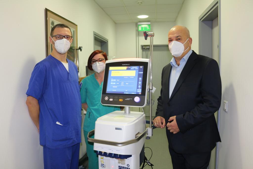 """Grad Slavonski Brod donirao novi respirator Općoj bolnici """"Dr. Josip Benčević"""""""