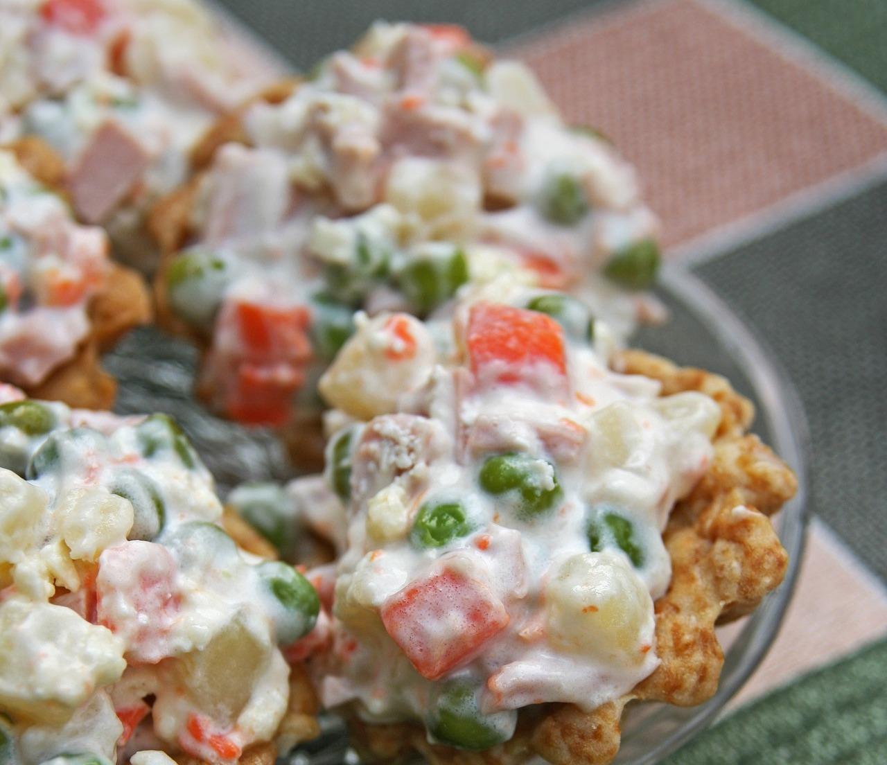 600 kalorija manje: Trik za kremastu i sočnu francusku salatu bez hrpe majoneze