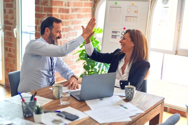 Kako stvoriti i zadržati povjerenje u radnom okruženju?