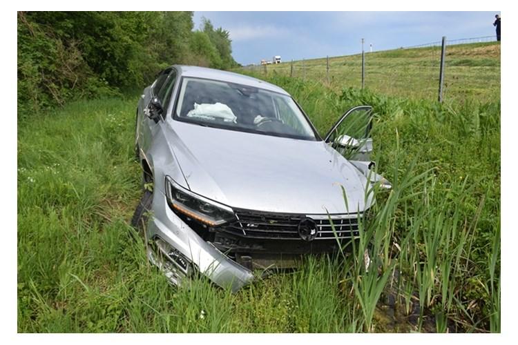 53-godišnjak teško ozlijeđen prilikom slijetanja s autoceste