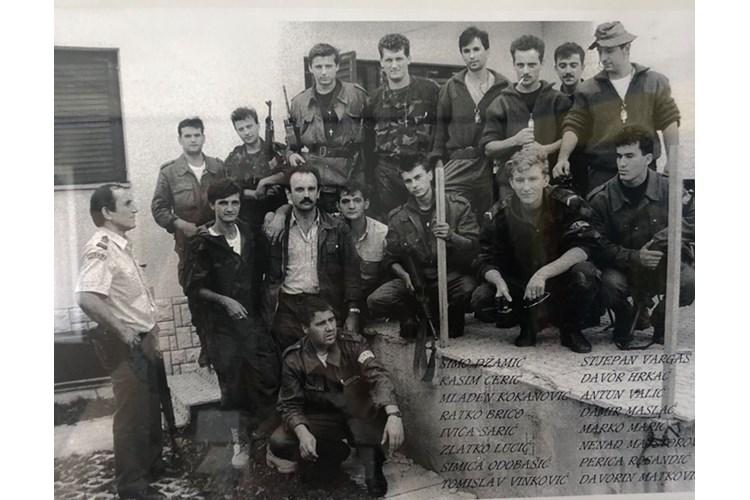 Jučer je Vukovar bio mjesto odavanja počasti hrabrosti, junaštvu, prkosu i nesalomljivosti