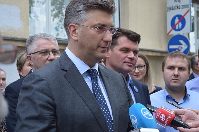 Plenković: Idući tjedan nastava će biti online u četvrtak i petak
