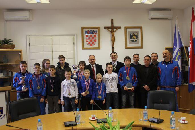 Karate klub ´Slavonski Brod´ kod gradonačelnika
